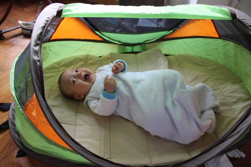 Cameretta Per Neonato Cosa Serve : Viaggiare con un neonato: cosa mettere in valigia una mamma green