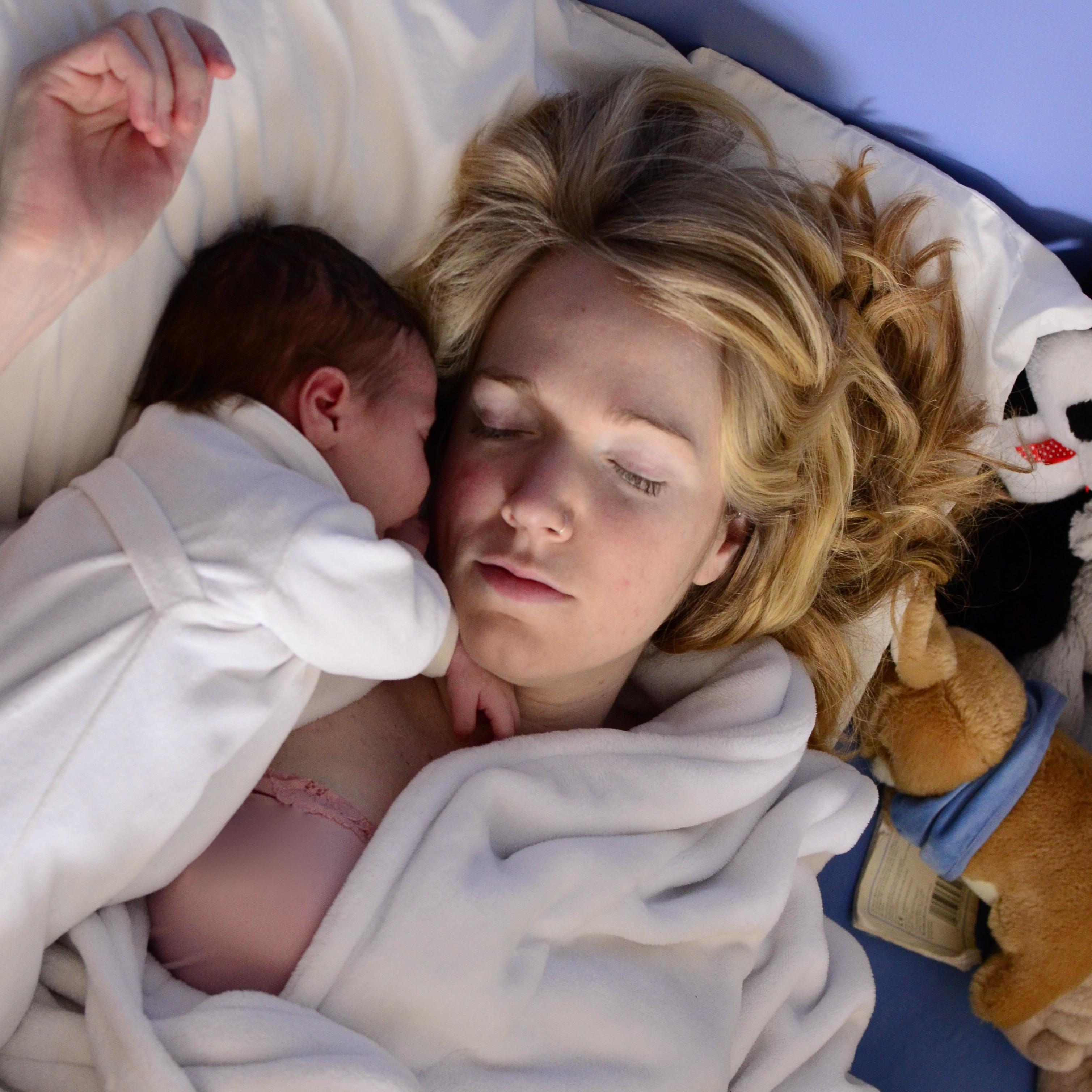 Partorire in casa intervista a karen mamma canadese che - Lista da portare in ospedale per partorire ...
