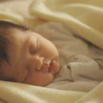 la-maternita-e-un-odore
