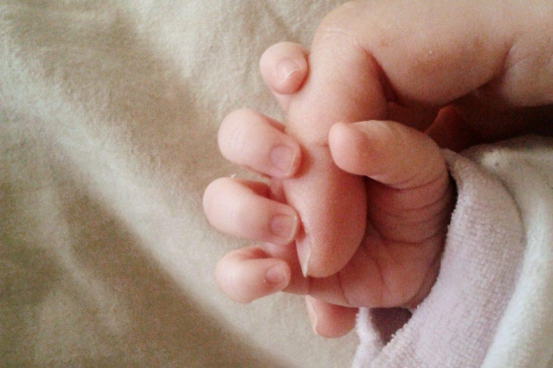 le mani delle mamme