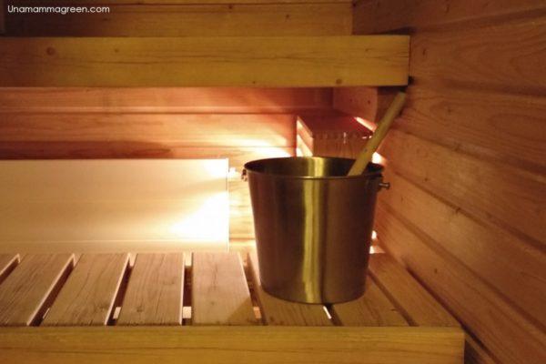 sauna finlandese con bambini in lapponia