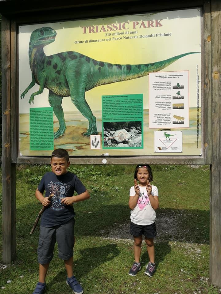 friuli con i bambini orme di dinosauro
